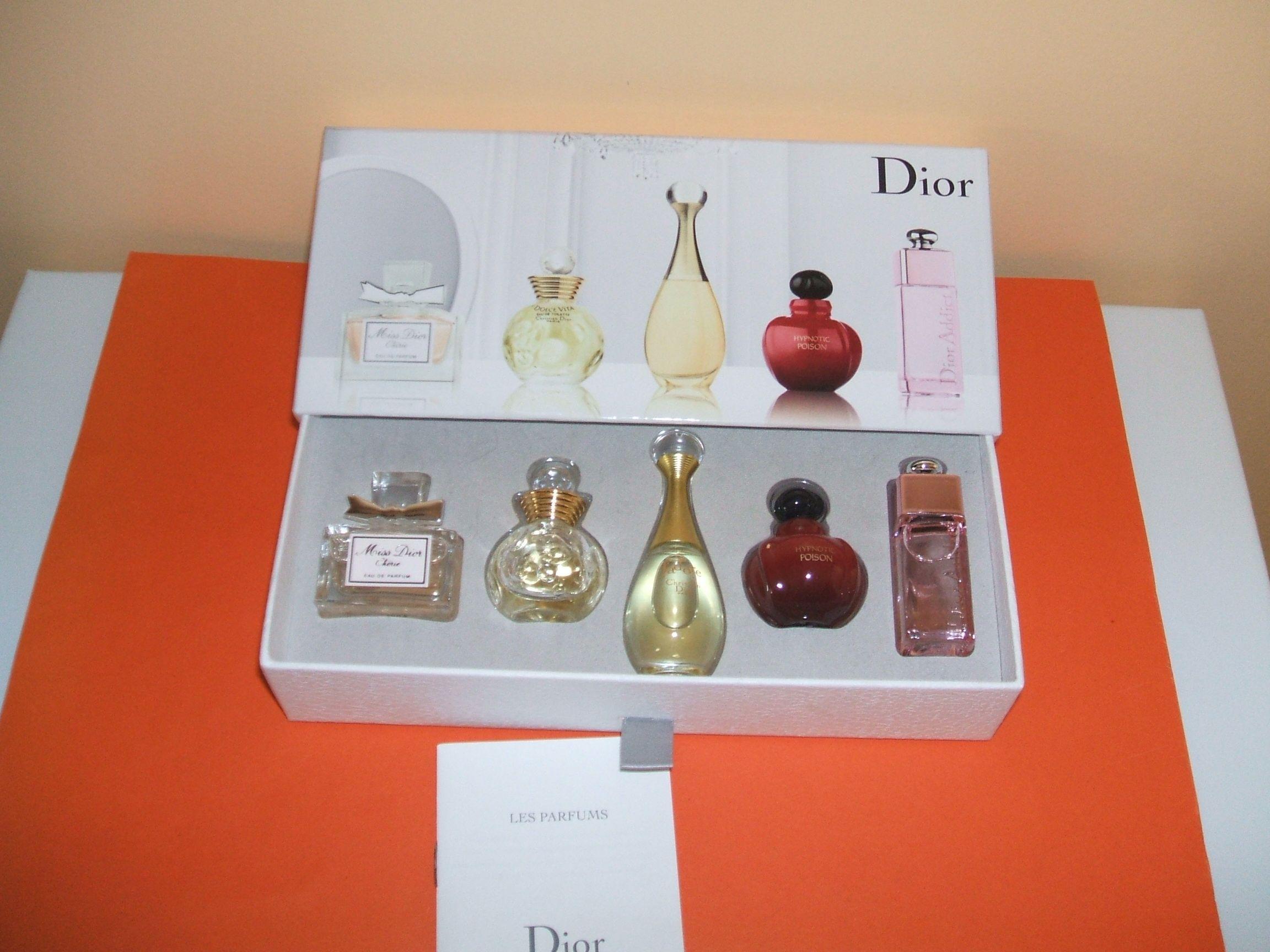coffret parfum miniature femme dior. Black Bedroom Furniture Sets. Home Design Ideas